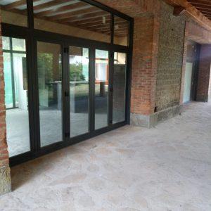 puerta plegable en pamplona