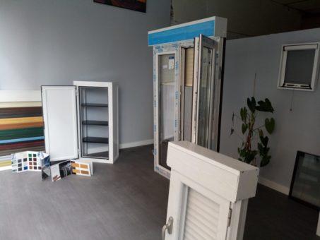 Esposicion Muestrario de ventanas de aluminio y PVC Pamplona (4)
