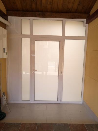 Colocación de cerramiento de aluminio en Olloki