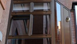Ventanas de aluminio con geometría adaptada